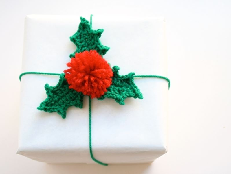 Wrapping Your Handmade Gifts - Delicious Yarns