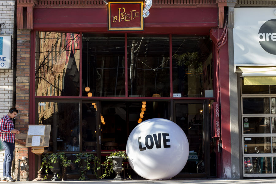 Go-Squab-Love-Ball-in-front-of-French-restaurant-La-Palette.jpg