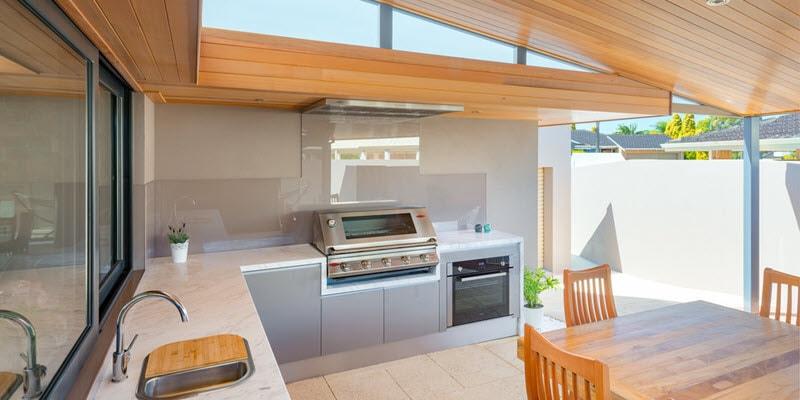 outdoor kitchen carousel
