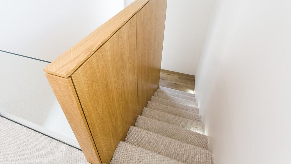 stairwaylights2.jpg