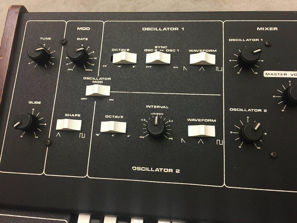 moog-prodigy6.JPG