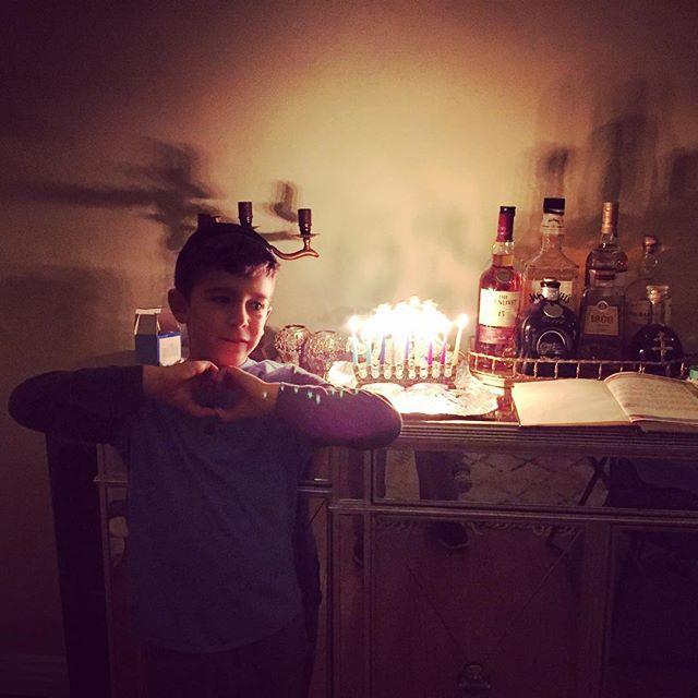 @maimonidesla #Hanukkah #maimolightsandlearns #love #eidan