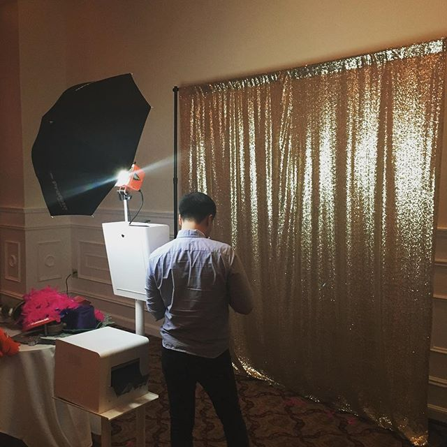 Spent our weekend at a birthday celebration doing photo booth things 🎉 #photobooth #photoboothboston #photography #photoboothfun