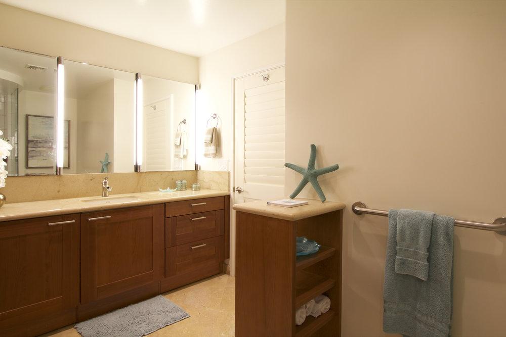 Full second bathroom