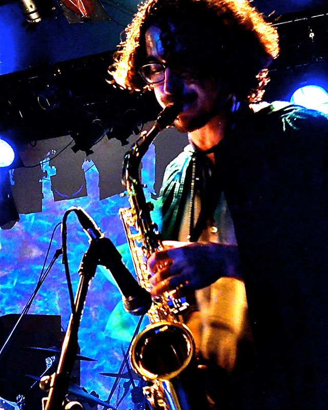 Deanosaur bringing that sexy look and those saxy sounds to our set at ERA in Shimokitazawa - Tokyo, Japan. 06/04/18. #japantour2018 #tokyo #clubera #summertour2018 #synthpop #psychedelicpop #psychedelicrock #poprock #japan #denverband #coloradomusic #summer2018 #internationaltour #hornplayer #saxophone #rockphotography #doepicshit #woodwinds #wizardy #destinytour2018
