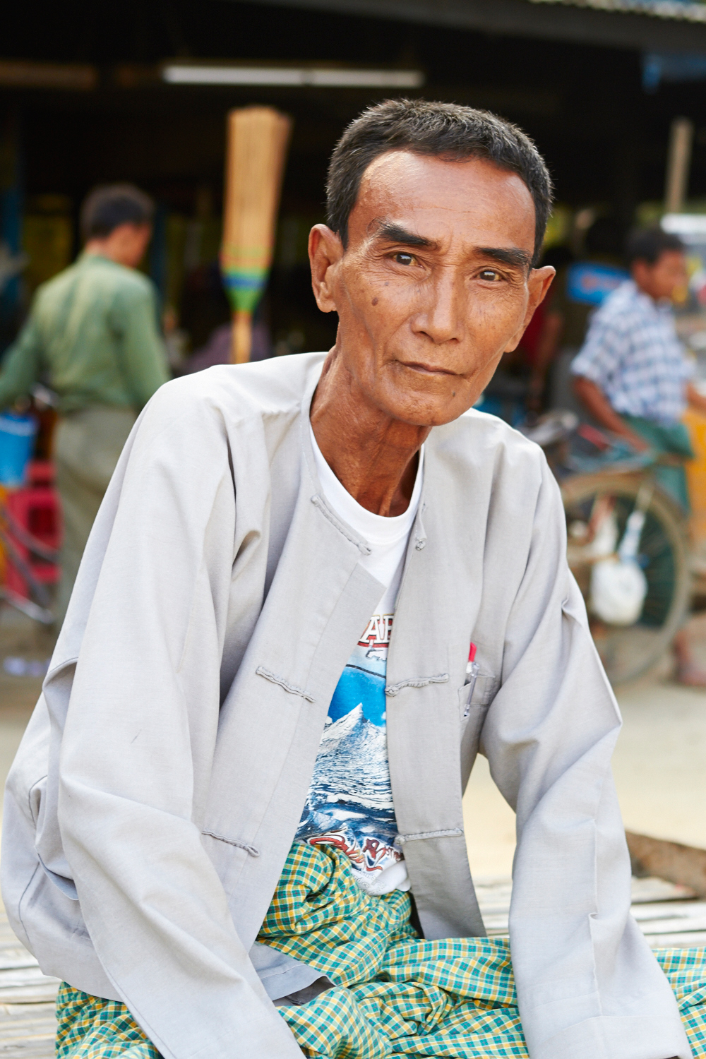 A man with great style in Nyaung Shwe