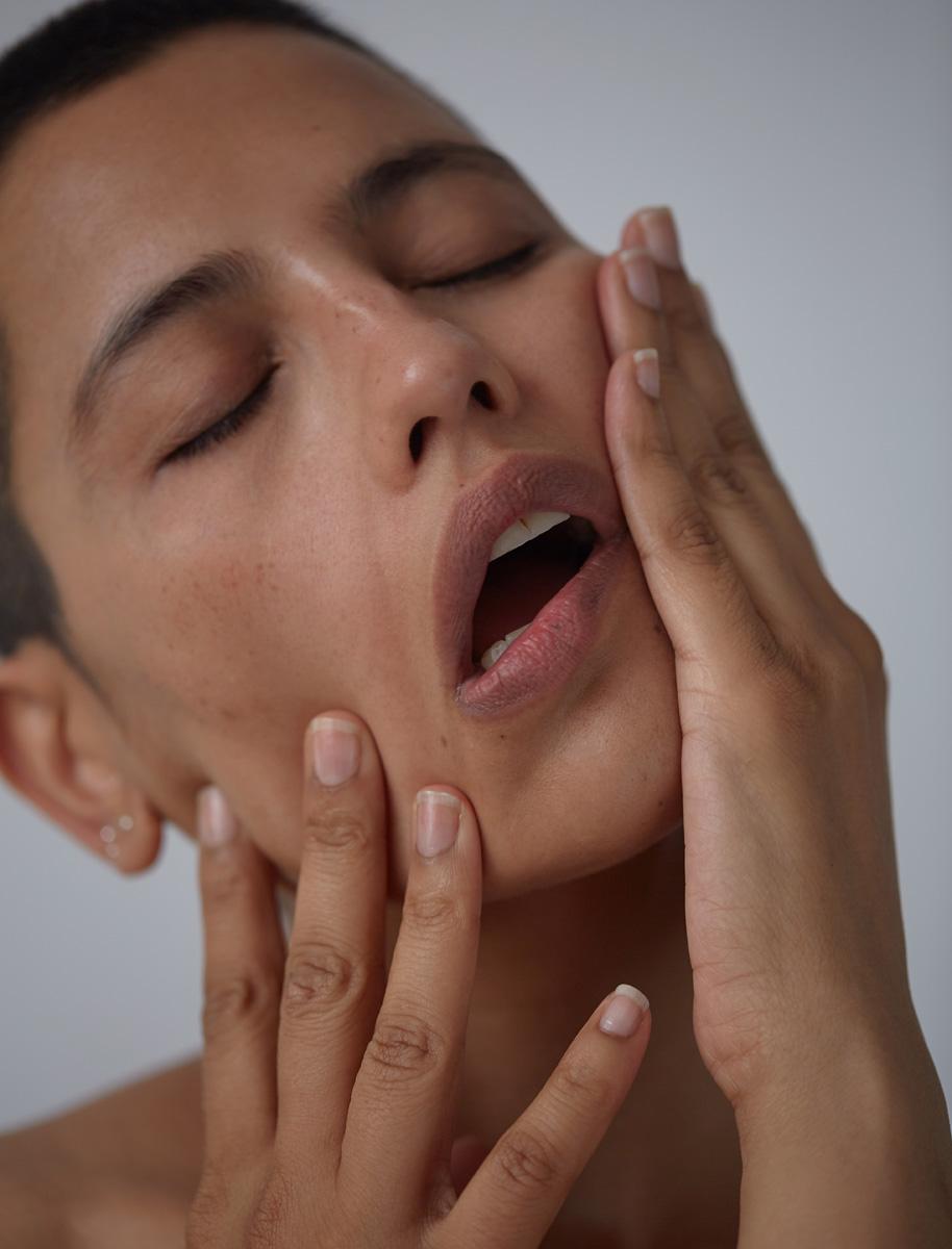 Skin:  Vanderohe No.1 Nourishing Face Serum ,  Ruby's Organics Brightening Cream Concealer in Neutral