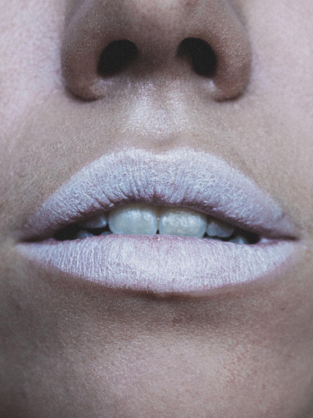 Lips: AiNSEL Lipstick in  Slip Dress  | Highlight: Nui Cosmetics  Natural Illusion Cream in Hukarere