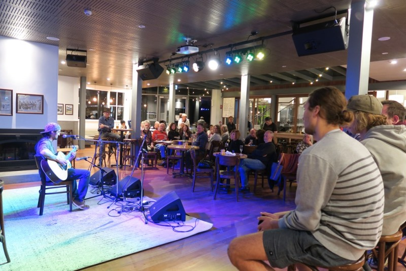 IMG_0693 tathra hotel open mic night May 2018.JPG