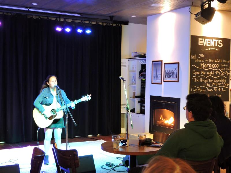 open mic night tathra hotel 12 2018.jpg