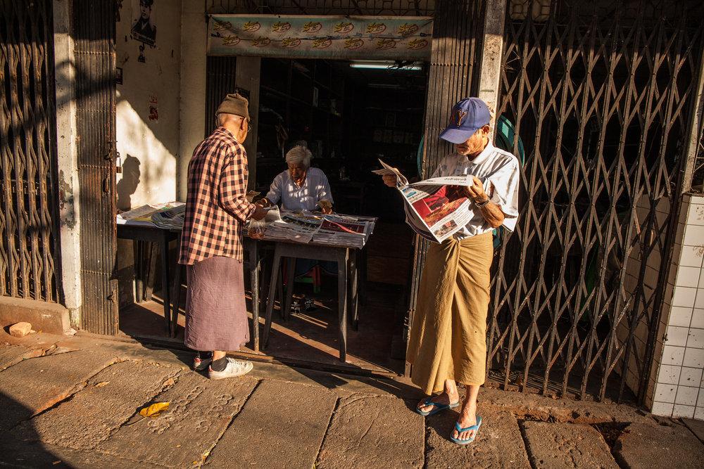 Yangon_lifestyle_myanmar_by_thatsluminous-5245.jpg