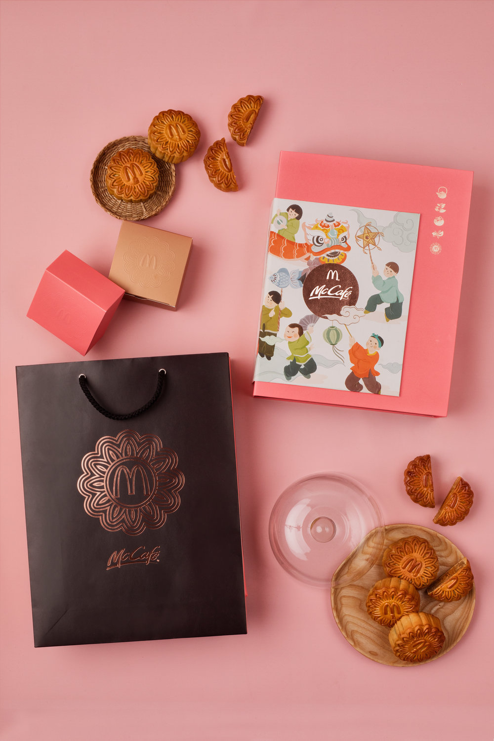 McDonald's Vietnam Mooncake Design 2018 photography by thatsluminous foodphotogrpaher foodphotography hochiminh vietnam packaging photography product photography singapore