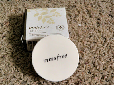"PRODUCT REVIEW: INNISFREE ""MINERAL SHIMMERING POWDER"""