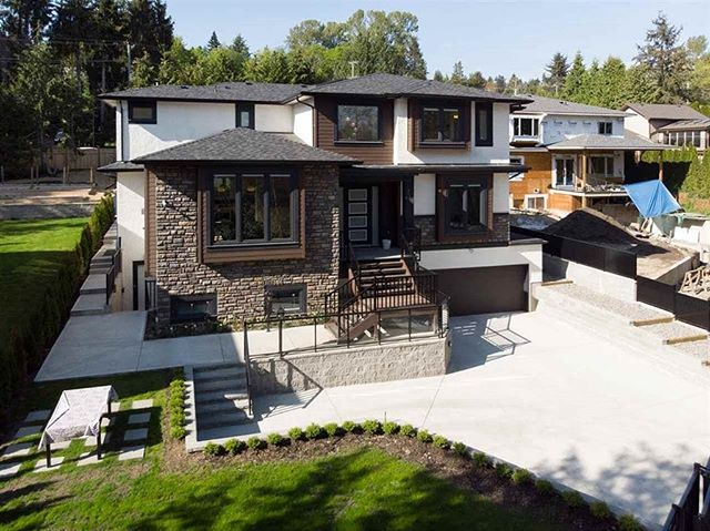 Big Bend District - Burnaby Completed in 2017 . . . . . #builders #builders #bc #vancouverbc #construction #newconstruction #realestate #vancouverhomes #bchomes #forsale #property #homesforsale #vancouverrealestate #vancouverinvestment #cbest #cbesthomes #builttosuite #customhome #bccustomhomes #burnabycustomhomes