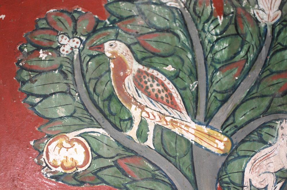Mural of forest birds at Kotte Raja Maha Viharaya (Image ©Anoma Pieris)