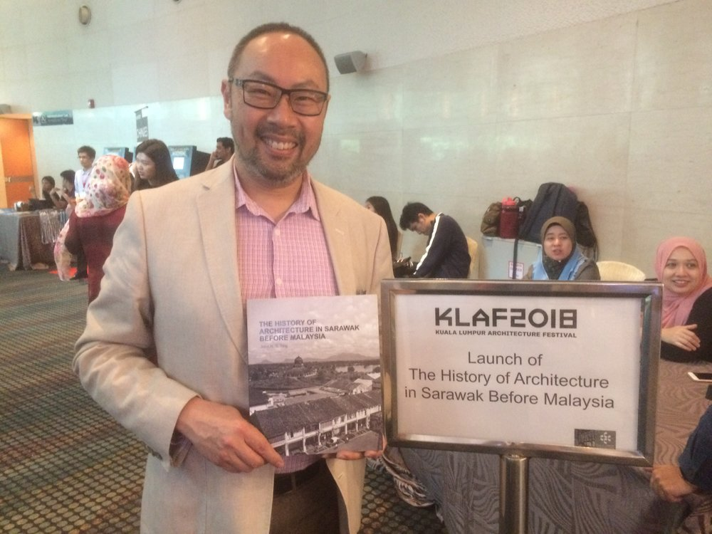 KLAF 2018 Book Launch of The History of Architecture in Sarawak Before Malaysia with John Ting. (Image © Chee-Kien Lai )
