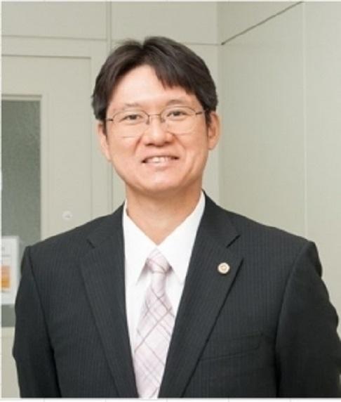 顧問弁護士  井上 晴夫 INOUE Haruo