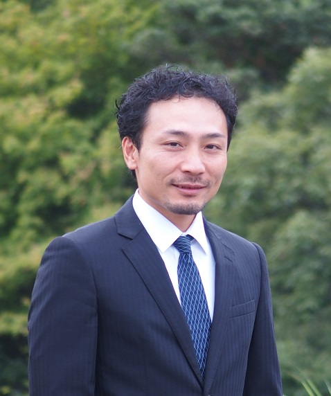 地域政策推進部グローカル研究室長 野津良幸 Notsu Yoshiyuki