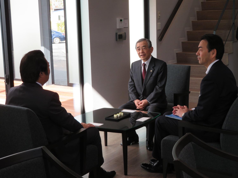 島根県の溝口善兵衛知事が来社されました。 — Everyplan