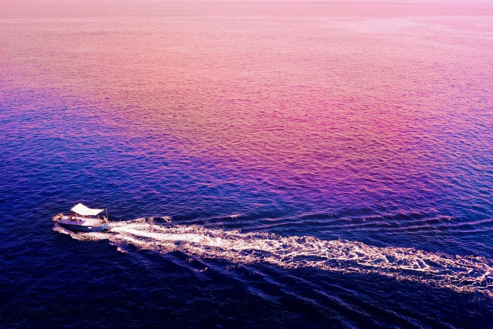 Capri_boat_sunset.jpg