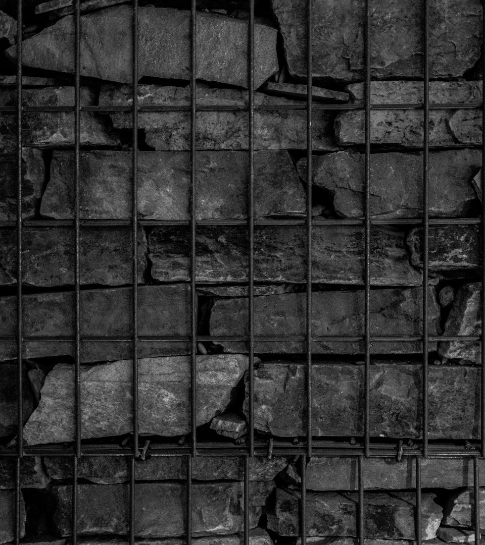 crédits - Photos by Marc Lagrange.Photos Marc Lagrange by Kaptive.-Identité Visuelle by Salopard Parisien.Identité Sonore by Salopard Parisien.Photos by Salopard Parisien.Site by Salopard Parisien.Réseaux Sociaux by Salopard Parisien.-Contact mail Balm