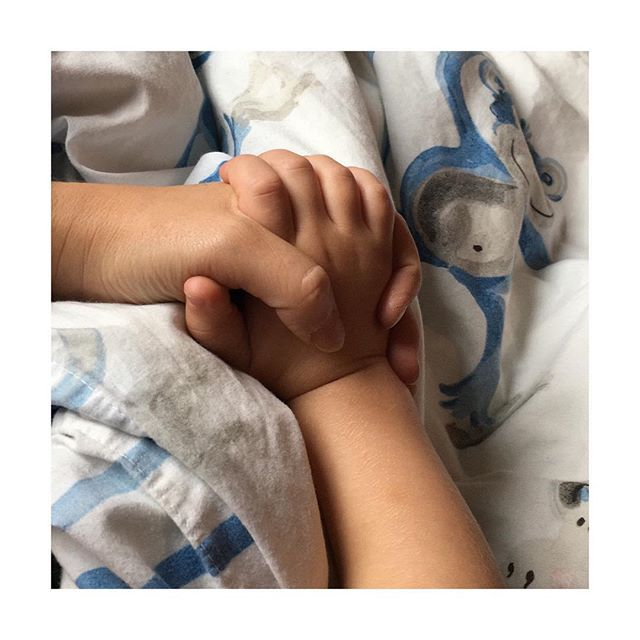 📌 He's got the whole world in His hand ⠀ ⠀ And He gave me two precious gifts and I will hold them in my hands until the end of days. ⠀ ⠀ __________________________________________________⠀ ⠀ #sunday #sundayvibes #sundaymood #weekend #selfcare #relax #SpecialMoments  #instagood #workhardplayhard  #familytime #preciousgift #motherhood #kidsofinstagram #love #christianlife #christianfamily #faithful #godisgood #freelancewriting #freelancewriter #writer  #writerslife #writerscommunity #bloggersuk #blogger