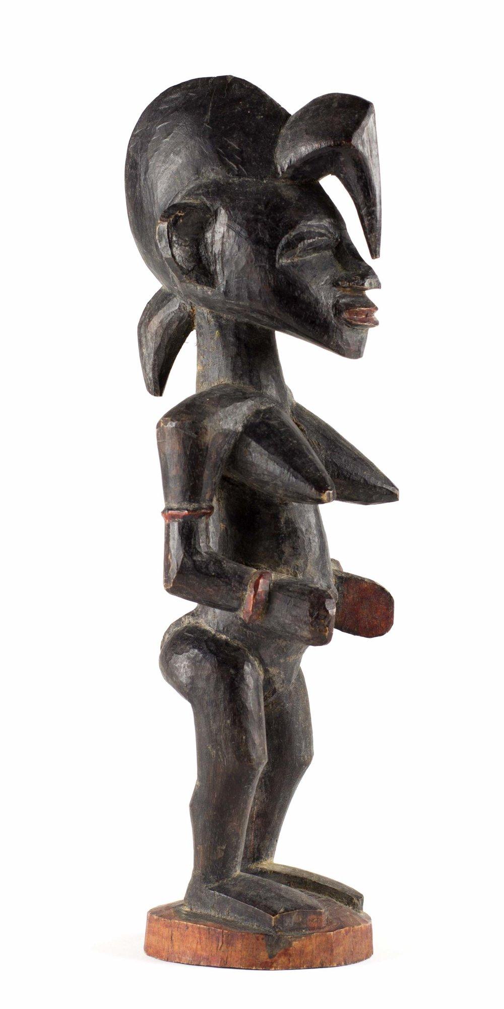 - Female figureKarna OuattaraNafoun (Region of Boundiali, Côte d'Ivoire)Carved for Karl-Heinz Krieg in 1975Wood, H. 26 cm
