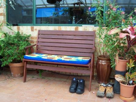 c4 bench garden 2 seater standard.JPG