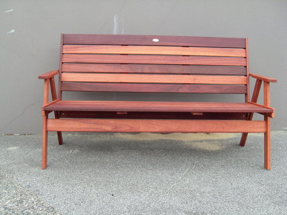 c3 Bench garden- 3 seater.JPG