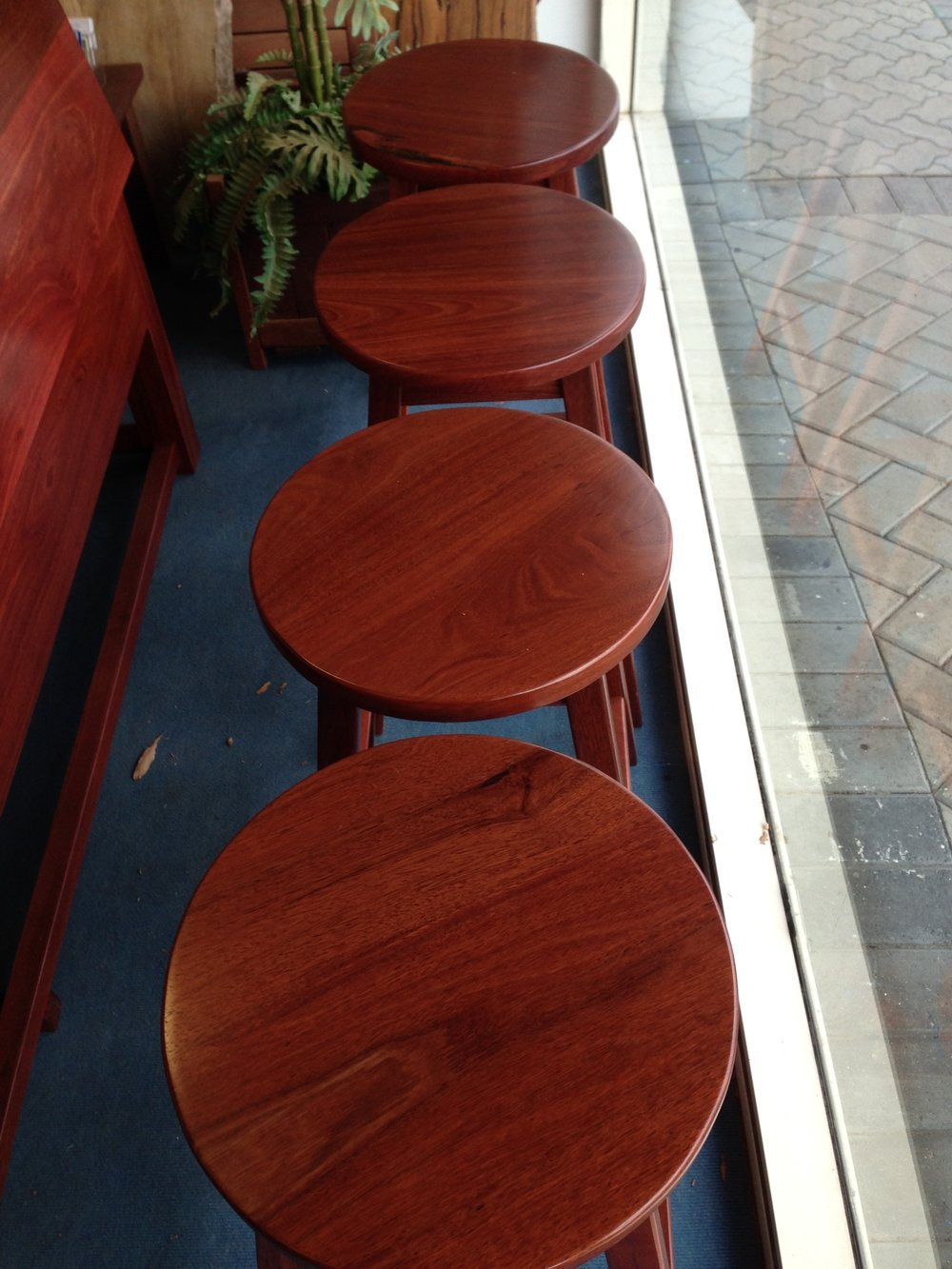 Spiteri bar stool swivel tops.JPG