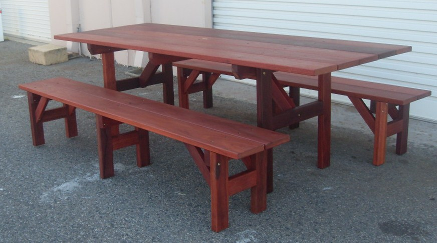 e19 Pub table with benches.jpg