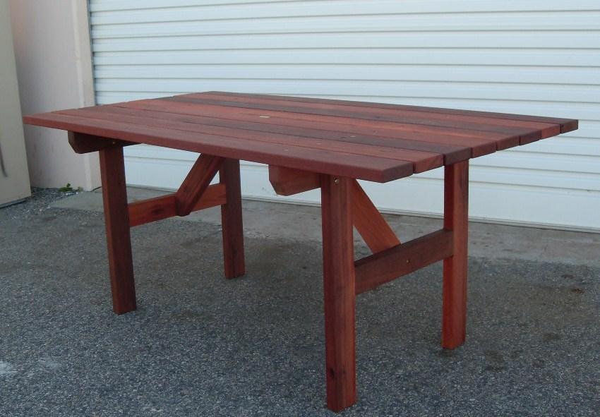 e17 Pub table 1.7m.JPG