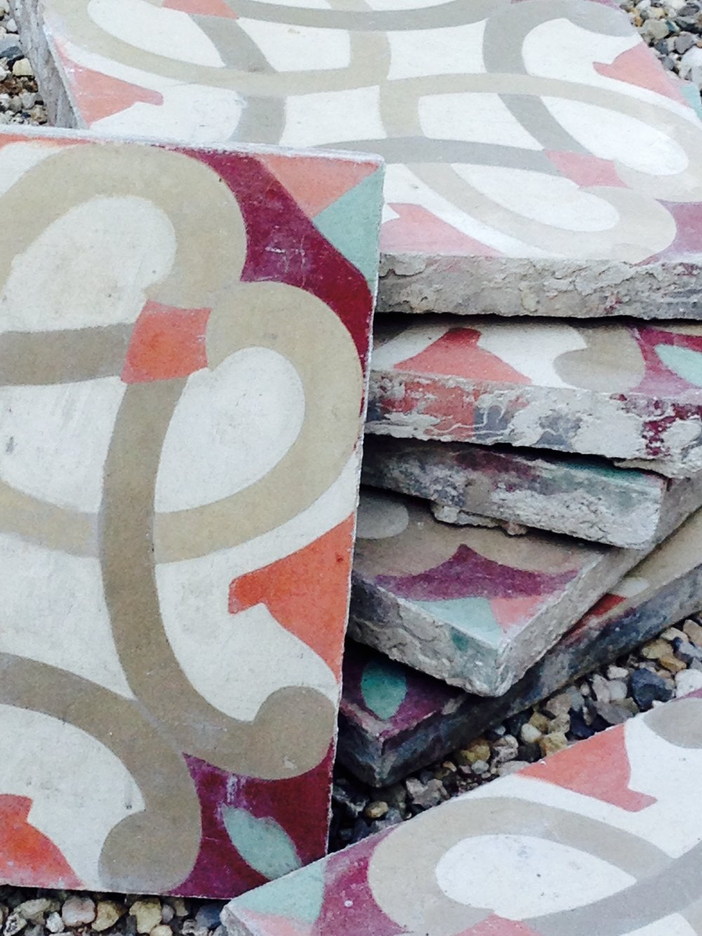 Reclaimed French Encaustic Tiles | BRIQUE