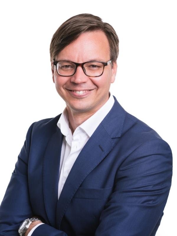 - Petri KarhapääVarainhoidon johtajaSpringvest Oy Varainhoito
