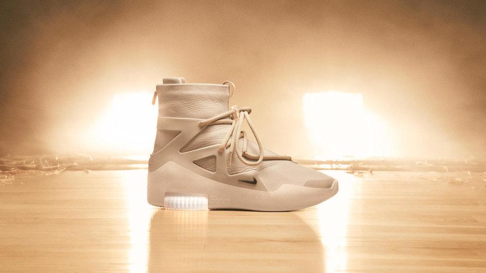 Nike-x-Fear-of-God-15_native_1600.jpg