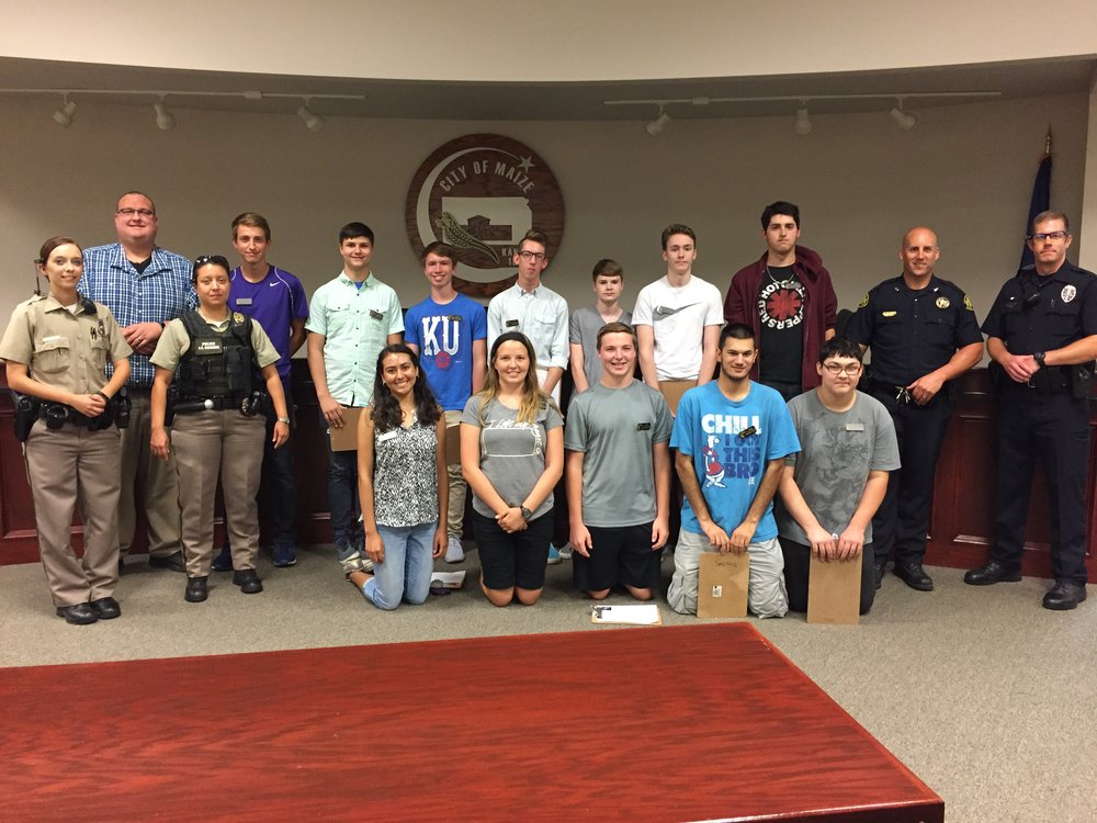 MSHS Emerging Tech students meet with Maize Police Department.