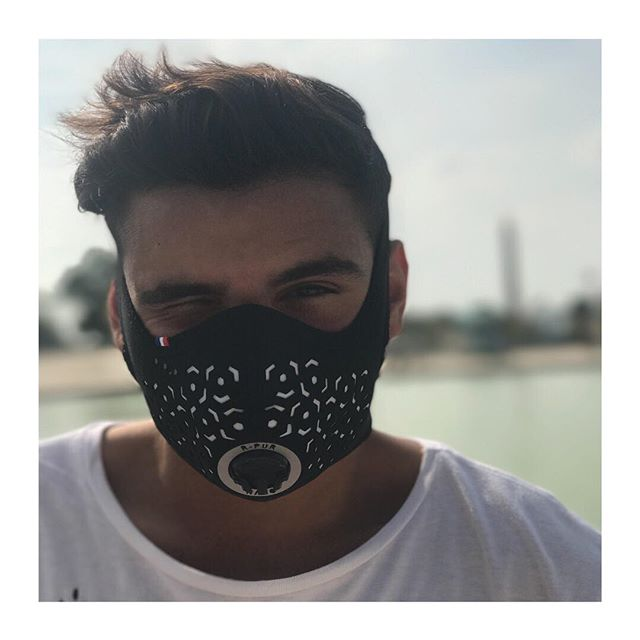 R-PUR : Masque anti-pollution - 🇫🇷 We did it ! La campagne Kickstarter à été un vrai succès ! Merci infiniment ! - - 🇬🇧 We did it ! The Kickstarter campaign was a real success ! Thank you so much ! - #rpur #rpurmask #mask #antipollution #pollution #fightpollution #airpollution #ffp3 #protection #rider #cities #madeinfrance #harley #lifestyle #paris #france #healthy #motocycle #bike #respire #choper #harleydavidson #new #comingsoon #startup #instagood #vsco #vscocam #ladefense #tbt
