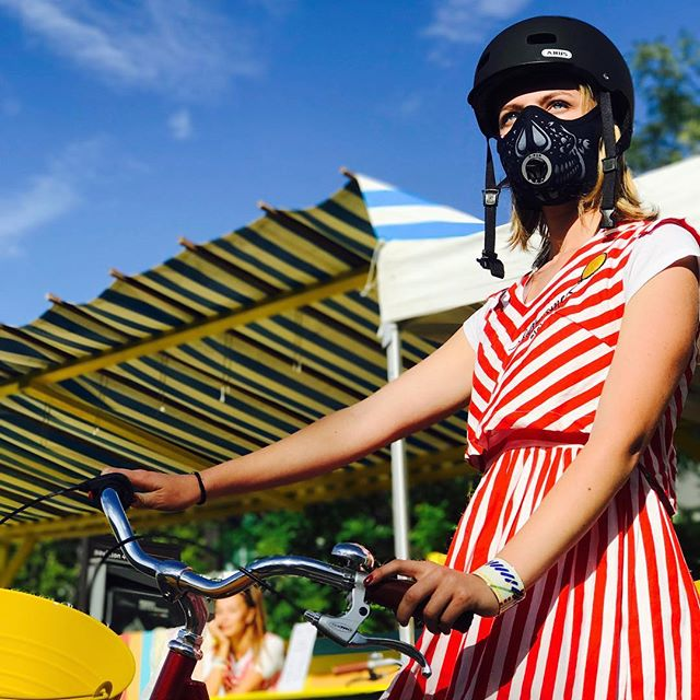 R-PUR : Masque anti-pollution - 🇫🇷 R-PUR présente sa nouvelle collection au @whosnextdotcom Paris ! - - 🇬🇧 R-PUR present the new collection at Who's Next Paris - #rpur #rpurmask #mask #antipollution #pollution #fightpollution #airpollution #ffp3 #protection #rider #cities #madeinfrance #harley #lifestyle #paris #france #healthy #motocycle #bike #respire #choper #harleydavidson #new #comingsoon #startup #instagood #vsco #vscocam #ladefense #tbt
