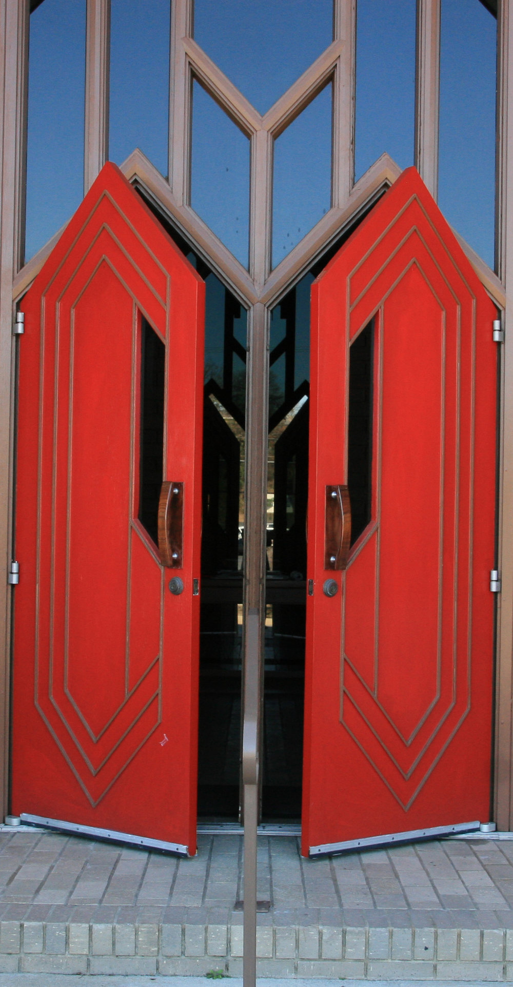 Red Doors St. Luke\u0027s Episcopal Church North Little Rock & Parker Palmer Seeking Sanctuary \u2014 Joanna Seibert