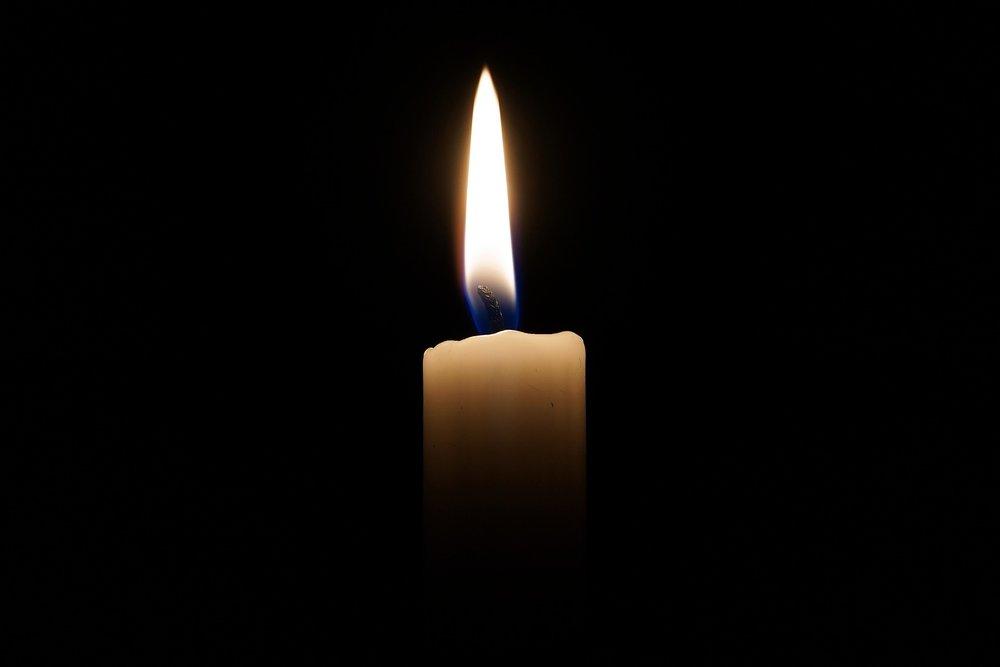 candle-2038736_1920.jpg