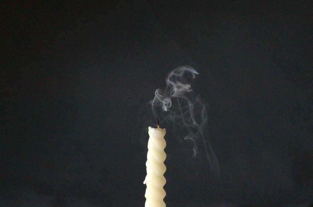 candle-2358276.jpg