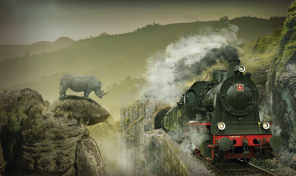 locomotive-3124200_1920.jpg