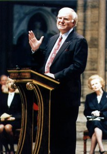 Michael Novak delivers his Templeton address at Westminster Abbey.