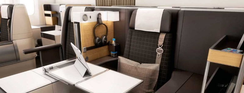 Business class on SWISS's flagship 777-300ER. Image courtesy of SWISS.