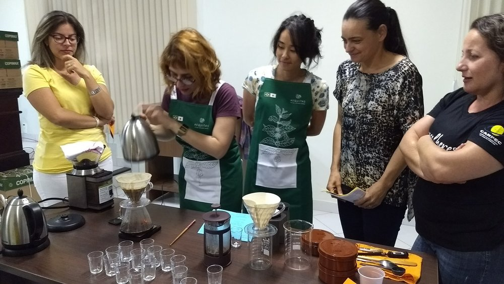 Brewing workshop at CARPEC with women producers