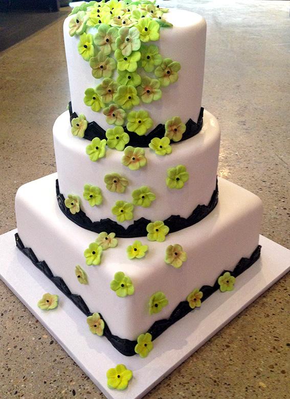 custom-cake-05.jpg