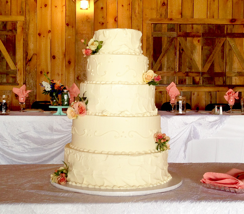 custom-wedding-cake-05.jpg