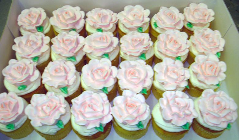custom-cupcakes-02.jpg