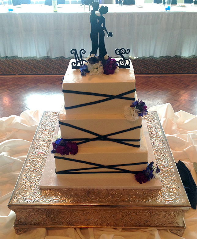 custom-wedding-cake-08.jpg
