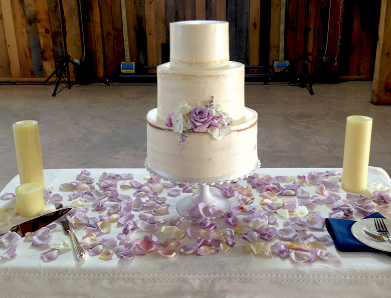 custom-wedding-cake-09.jpg